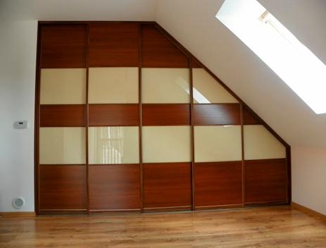 szafy wnękowe